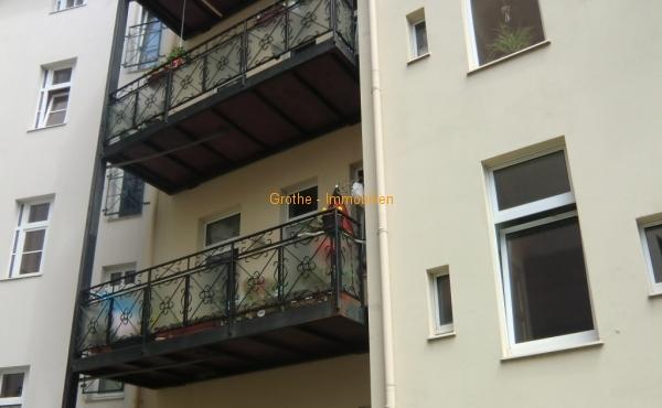 Im DG mit Balkon