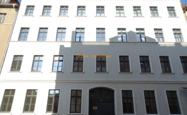 3 Zimmer Wohnung mit Balkon und Fahrstuhl